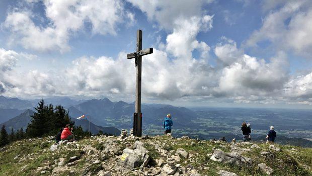 Gipfel Hochries direkt neben der Hochrieshütte