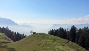 Die Karspitze, dahinter Kaiser & Inntal