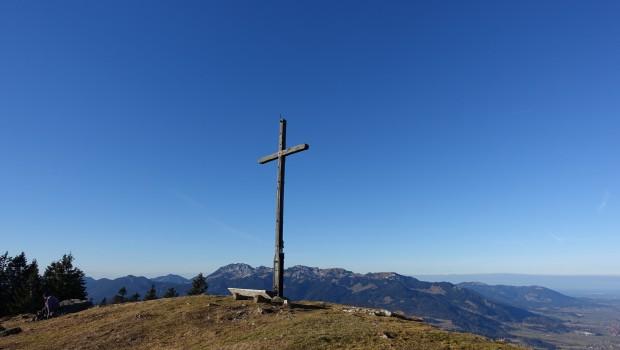 Auf der Hochalm, dahinter Benediktenwand