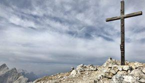 Gipfelkreuz der Speckkarspitze